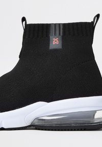 River Island - High-top trainers - black - 3
