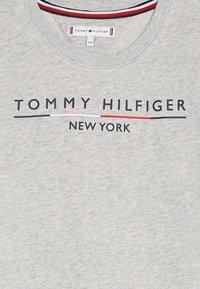 Tommy Hilfiger - CREW DRESS - Sukienka letnia - grey - 4
