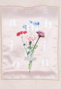 s.Oliver - Print T-shirt - light blush - 2