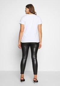 Dorothy Perkins Curve - CURVE  - Leggings - Trousers - black - 2
