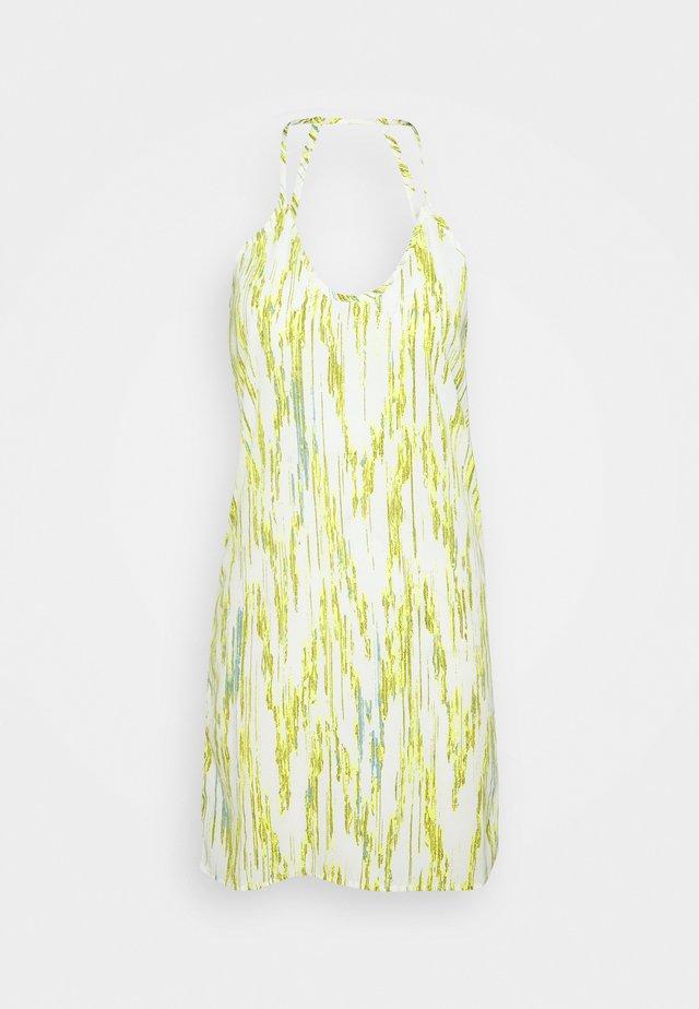 NMRITA SHORT DRESS  - Robe d'été - sugar swizzle