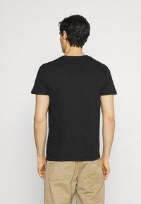 s.Oliver - 2 PACK - T-shirt basic - black - 2