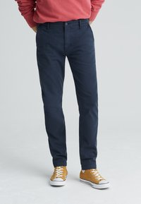 Levi's® - XX CHINO SLIM FIT II - Chinosy - baltic navy shady - 0