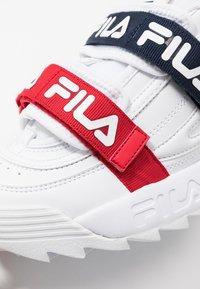 Fila - DISRUPTOR STRAPS - Zapatillas - white - 2