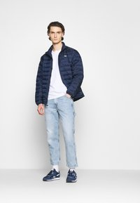 Levi's® - TAPER CARPENTER CROP - Jeans a sigaretta - dark indigo - 1