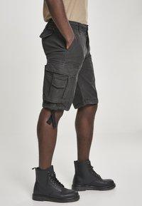 Brandit - VINTAGE  - Shorts - black - 4