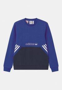 adidas Originals - COLOURBLOCK CREW UNISEX - Sudadera - team royal blue - 0