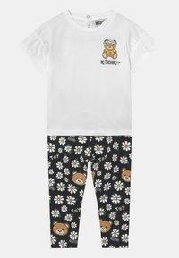 MOSCHINO - SET - Print T-shirt - black - 0