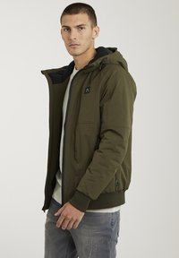 CHASIN' - Winter jacket - green - 3