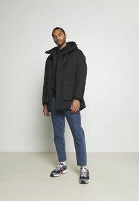 Calvin Klein Jeans - FAKE DOWN TECHNICAL  - Parka - black - 1
