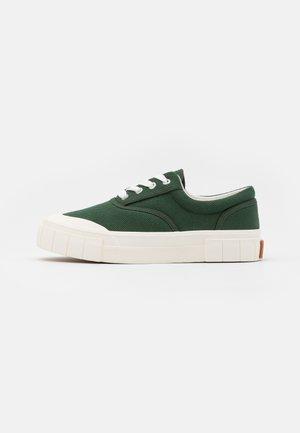 OPAL UNISEX - Sneakersy niskie - green