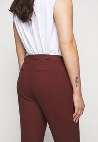 CAPSULE by Simply Be - TROUSERS - Trousers - rust - 4