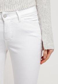 MAC Jeans - Dream Summer - Jeans slim fit - white - 4