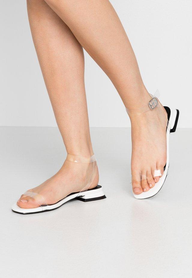 MARTINA - Sandaalit nilkkaremmillä - clear/white