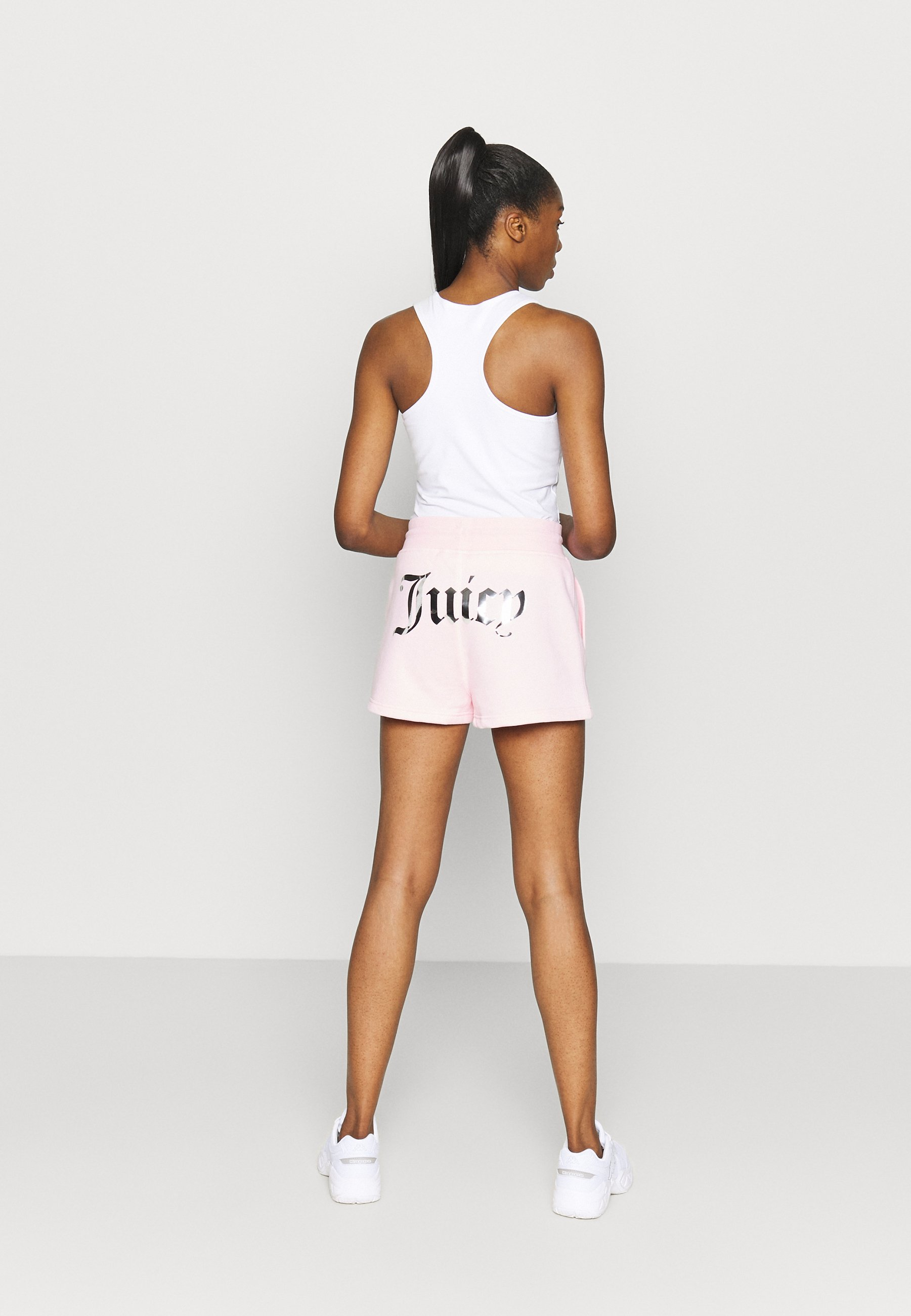 Juicy Couture HEAVEN - Sports shorts - almond blossom aGjay