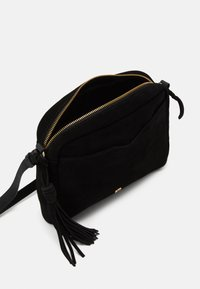 Anna Field - LEATHER - Across body bag - black - 2