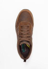 Skechers - SENTINAL - Sneaker low - dark brown - 1