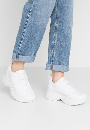 FLASH  - Trainers - white