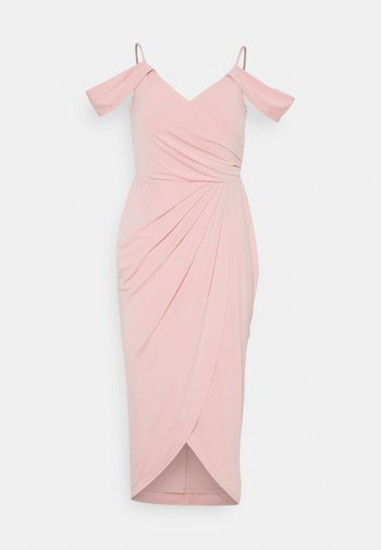 OFF SHOULDER PLEAT GOWN