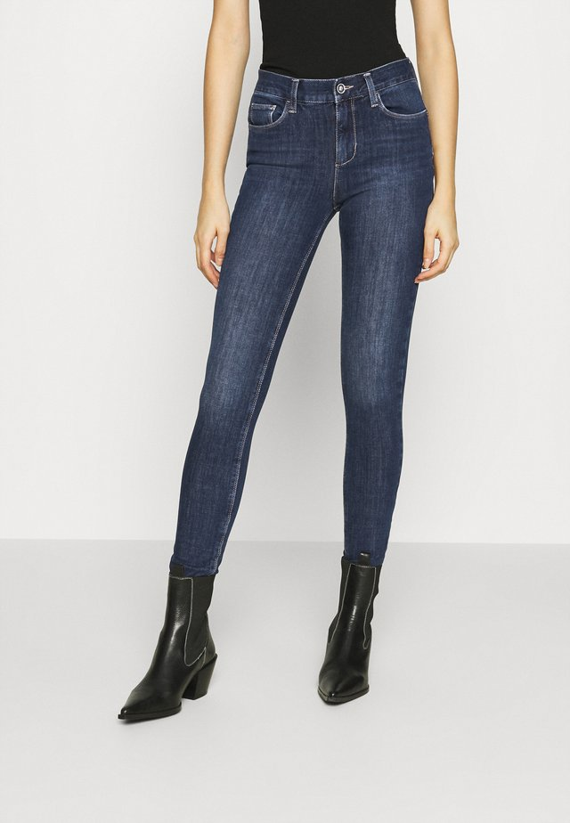 DIVINE - Jeans Skinny - denim blue exciting