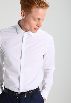 PARMA SLIM FIT - Kostymskjorta - white