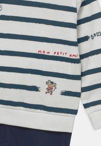 OVS - SET  - Sweatshirt - snow white - 3