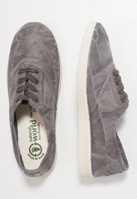 Natural World - INGLES - Scarpe senza lacci - gris enz - 3