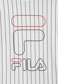 Fila - JUNIAS STRIPPED  - Camiseta estampada - bright white - 2