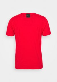 Everlast - BASIC TEE RUSSEL - Triko s potiskem - red - 1