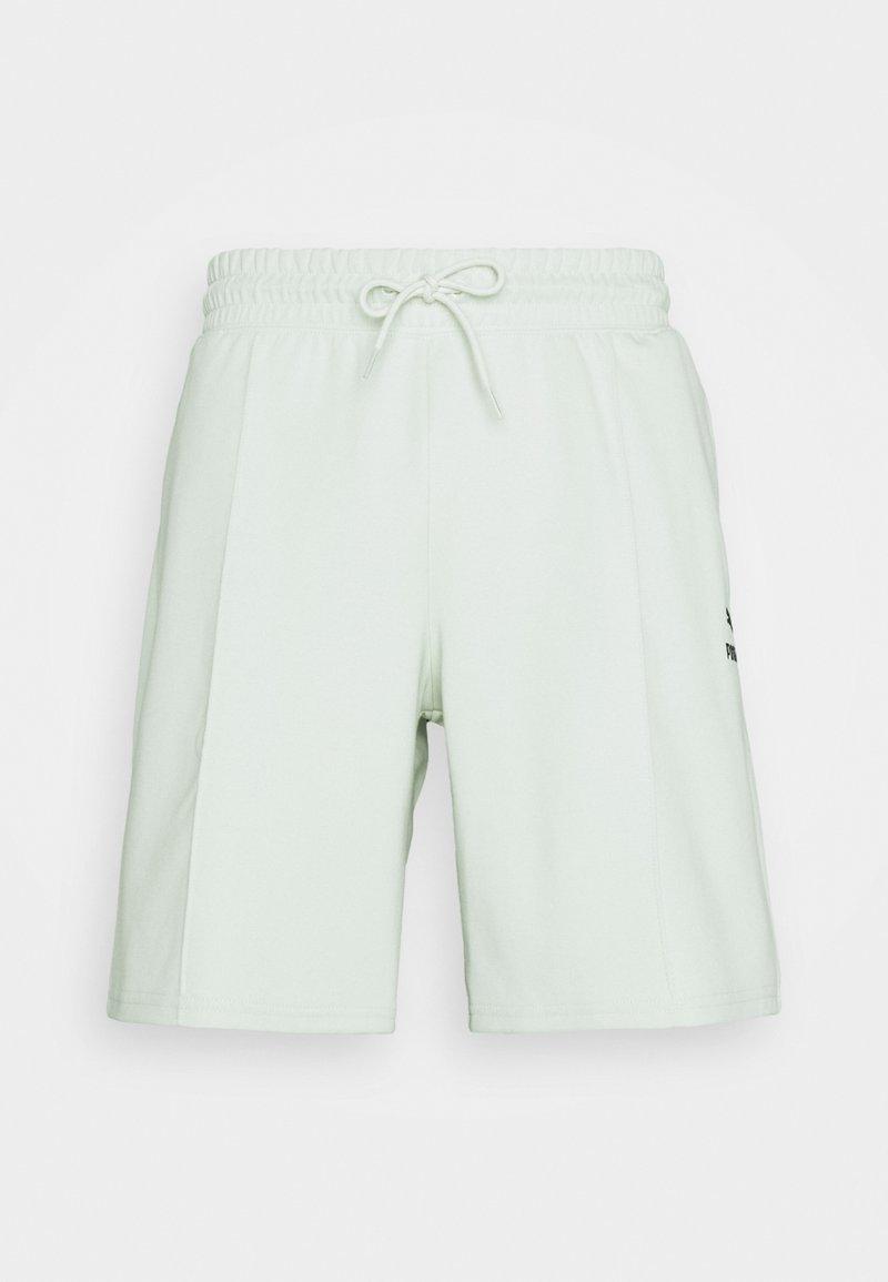 Puma - CLASSICS PINTUCK - Shorts - green