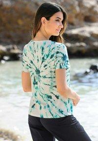 Alba Moda - Print T-shirt - beige - 2