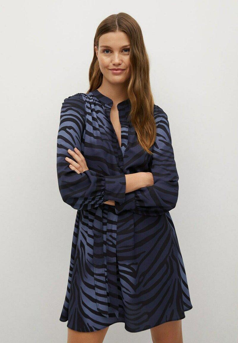 Mango - BASIC - Robe d'été - bleu