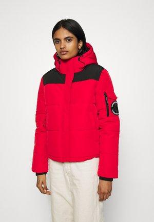 QUILTED EVEREST JACKET - Winter jacket - high risk red
