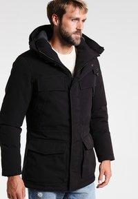 Napapijri - SKIDOO OPEN LONG - Zimní kabát - black - 3