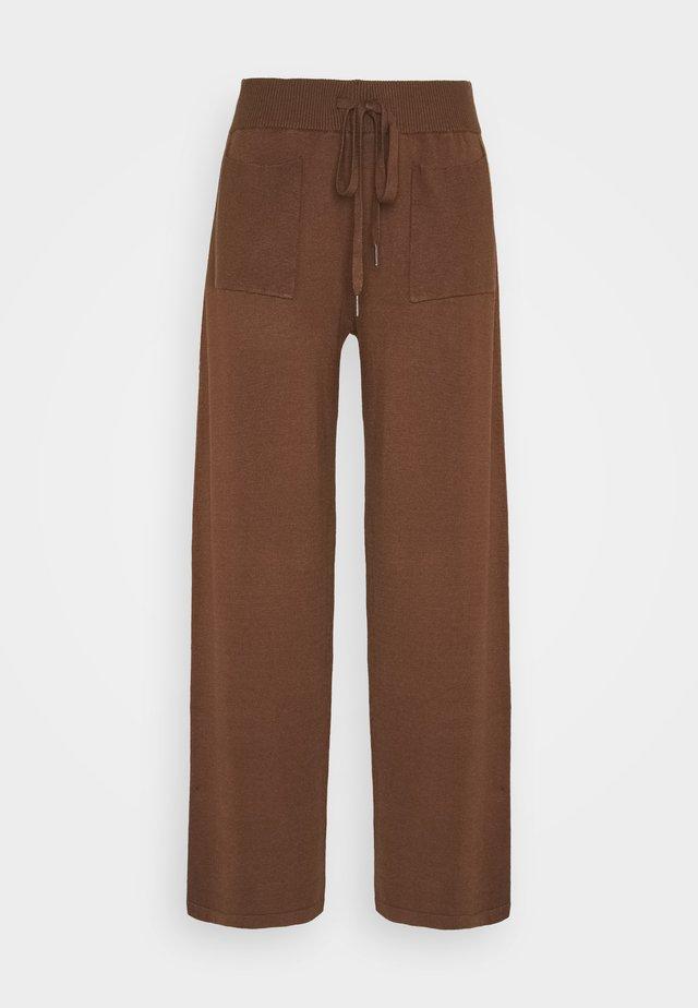 KALULU ASTRID PANTS - Broek - brown