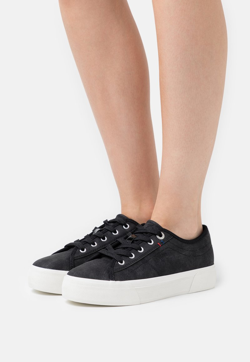 s.Oliver - LACE-UP - Sneakers laag - black