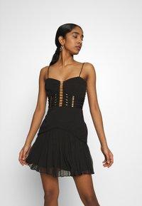 Thurley - CRUSADER DRESS - Koktejlové šaty/ šaty na párty - black - 0