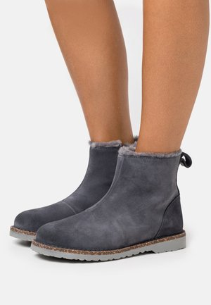 MELROSE - Classic ankle boots - graphite