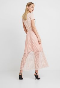 Guess - LINDA SKIRT - Pleated skirt - pale sand - 3