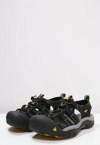 Keen - NEWPORT H2 - Sandały trekkingowe - black - 2