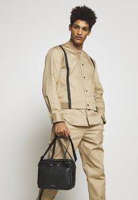 3.1 Phillip Lim - DIEGO CAMERA BAG - Across body bag - black - 1