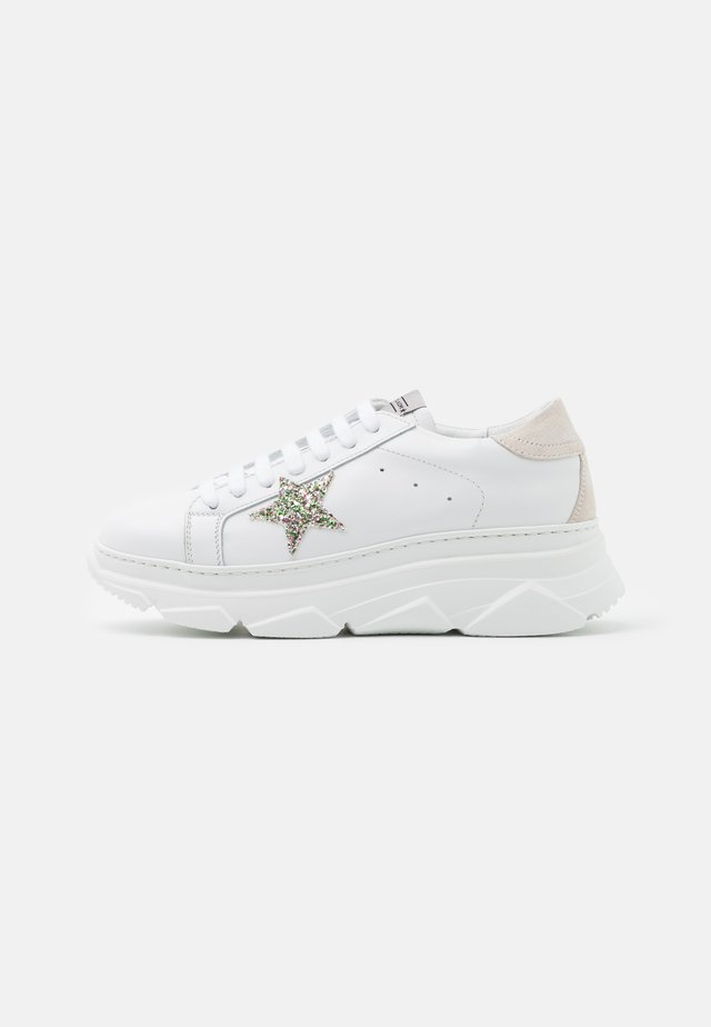 ANDREA - Trainers - bianco/beige