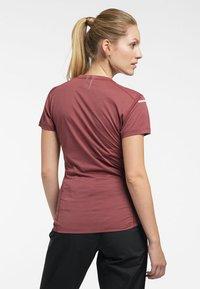 Haglöfs - L.I.M STRIVE TEE - Print T-shirt - maroon red - 1
