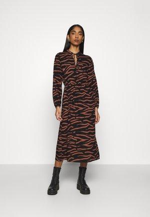 ONLGAGA MIDI DRESS - Day dress - black/rust