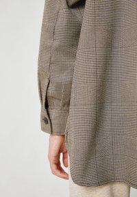 PULL&BEAR - Button-down blouse - mottled black - 4