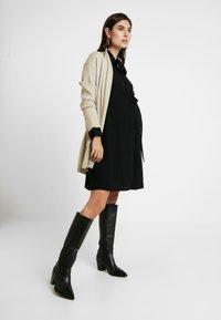 Glamorous Bloom - DRESS - Košilové šaty - black - 2
