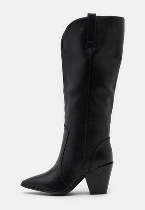 WIDE FIT PERLA - Kovbojské/motorkářské boty - black