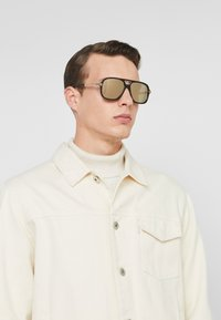 Marc Jacobs - Sunglasses - havana