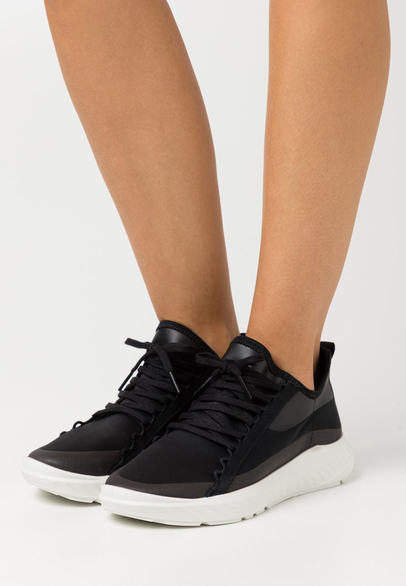 ECCO - ST.1 LITE  - Trainers - black