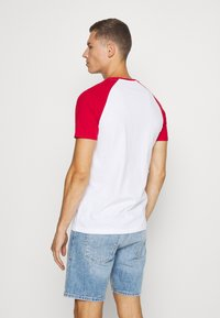 Pier One - Basic T-shirt - red - 2